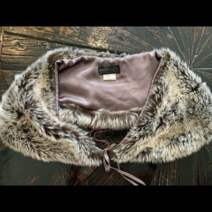 Monica faux fur wrap